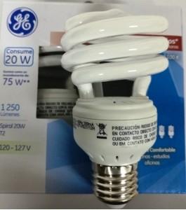 35721 Lámpara Fluorescente Compacta Spiral 20 W c/u